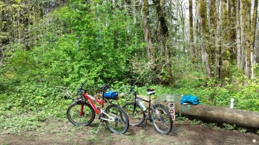 Bikes at lunch stop Leif Erickson Trail